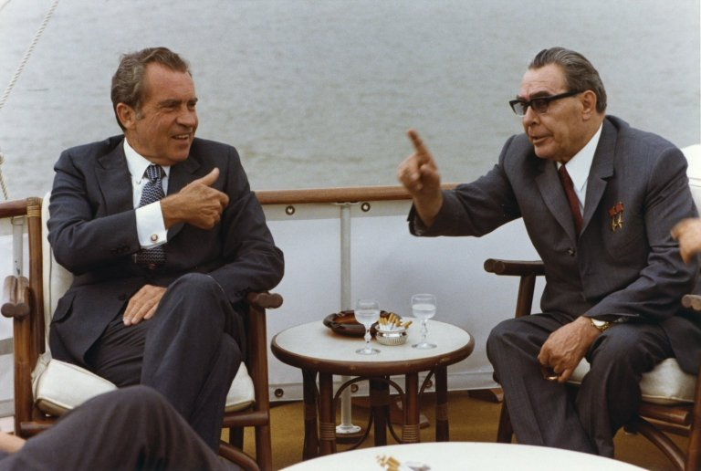 Nixon and Breshnev meeting